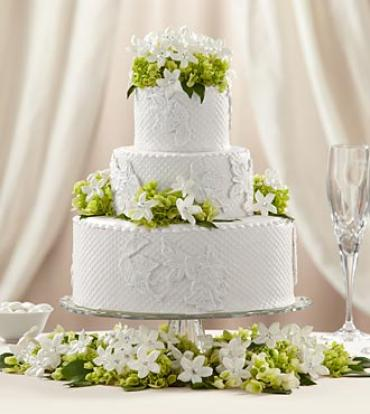 The Bloom Blossom Cake Décor Arranged By A Florist In Rockford Il Broadway